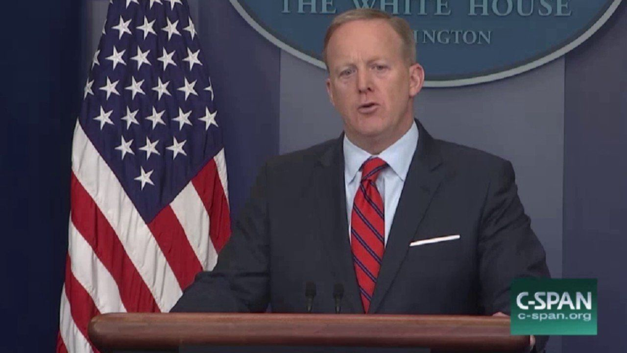 Spicer Compares Assad To Hitler, Then Clarifies Comments