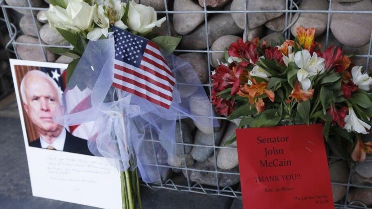 McCain Honored in US, Vietnam