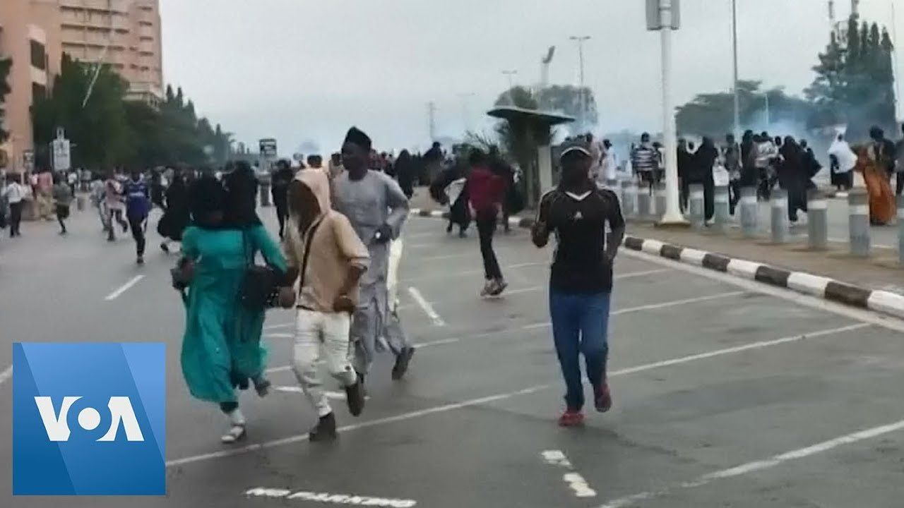 Nigeria Police Fire Guns, Beat Protesters, During Shi'ite Protest in Capital