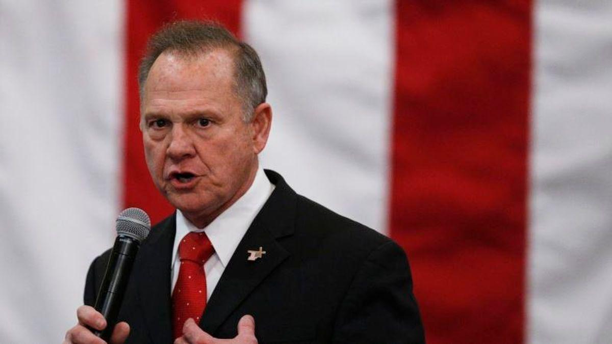 Trump Urges Roy Moore Not to Run for Alabama Senate Seat