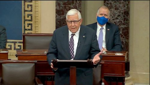 Former US Senator Enzi of Wyoming Dies After Bicycle Accident