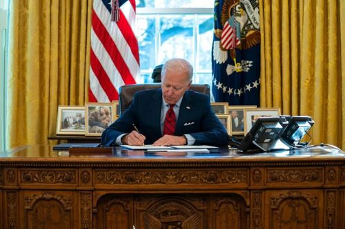 Biden Orders Expanded Health Care on Two Fronts