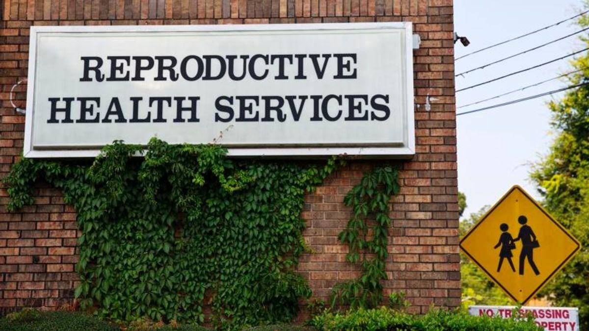 Alabama Lawmakers Postpone Vote on Abortion Ban Bill