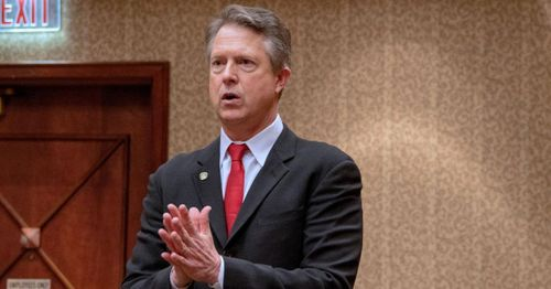 Republican Senator Roger Marshall introduces bill to halt grants going to gain of function research