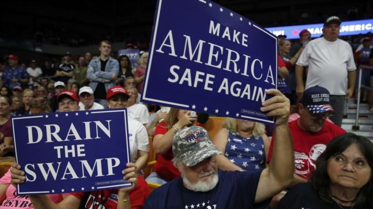 Trump Tries to Rally Voters With Illegal Immigration Issue