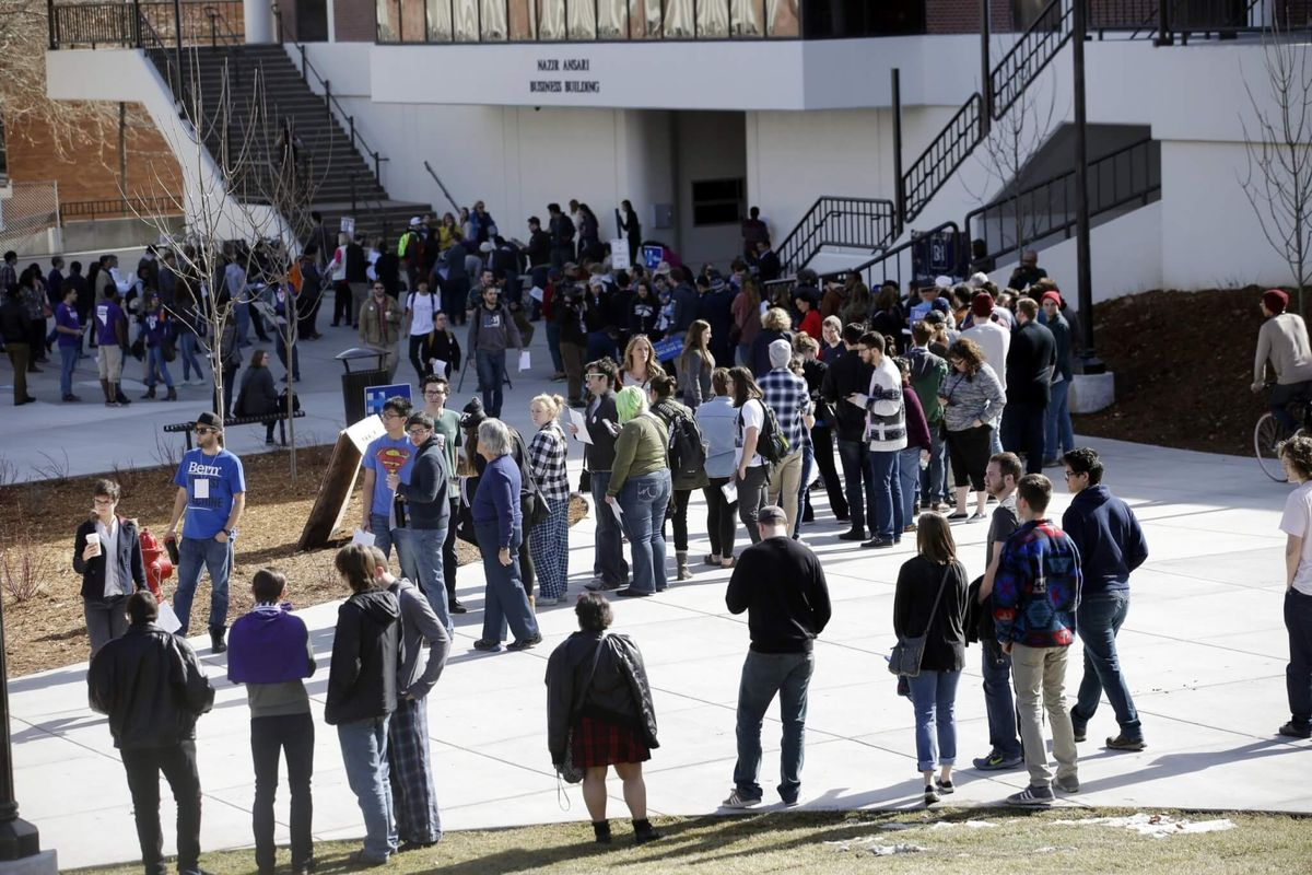 National Democrats Approve Early Caucus Voting for Nevada
