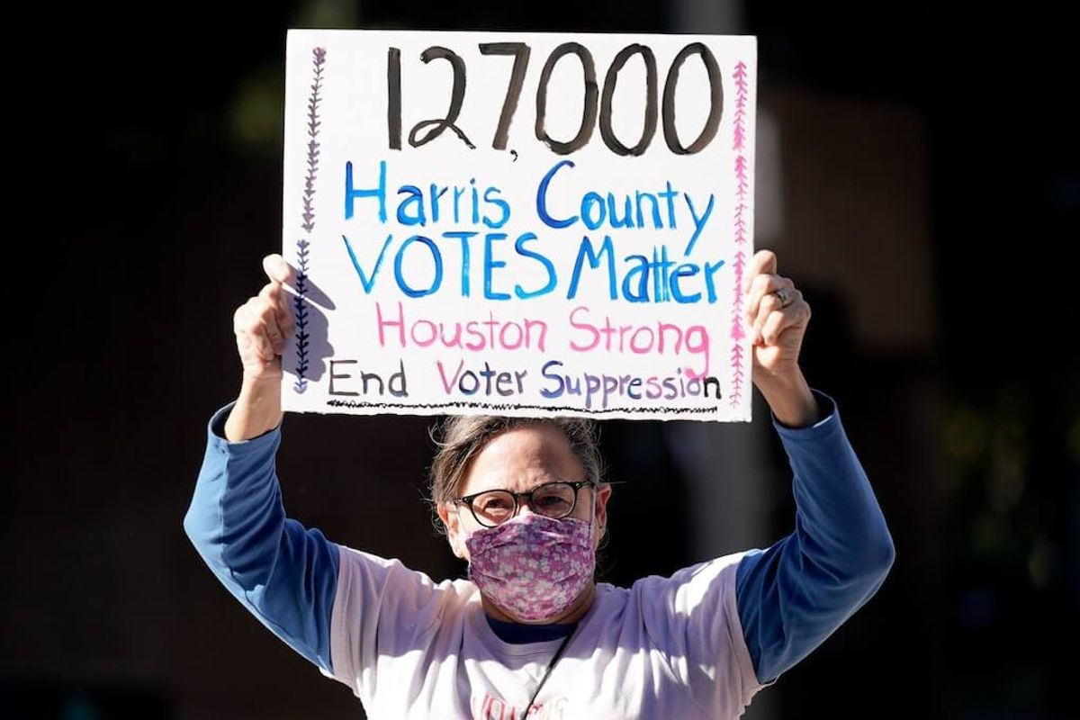 Judge Rejects Republican Effort to Toss Out 127,000 Houston Votes