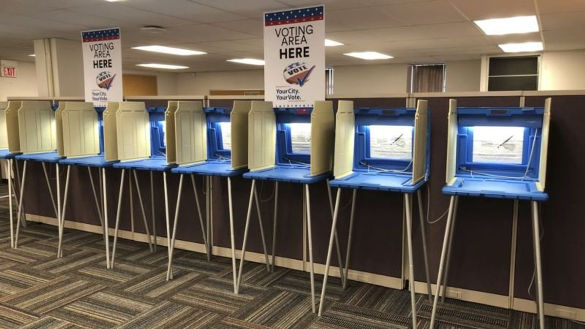 Poll Finds Partisan Divide in Concerns for Election Security