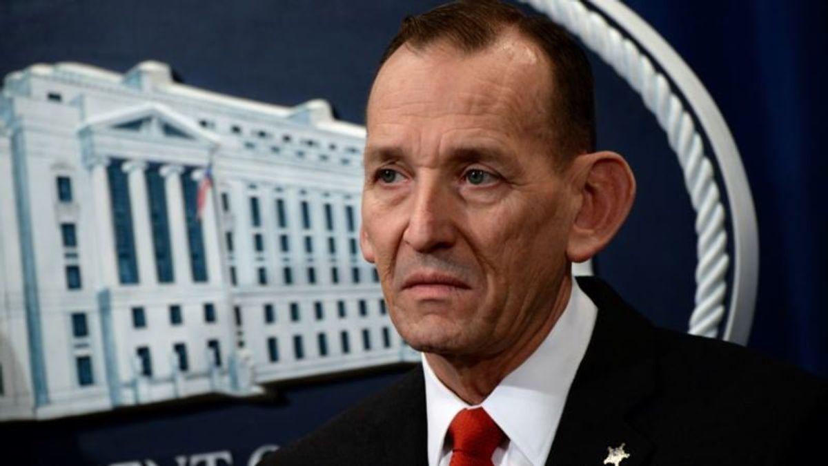 Trump Ousts Secret Service Chief