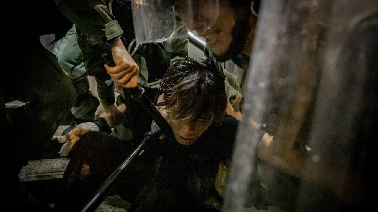 Hong Kong Police Arrest 36 Protesters Sunday