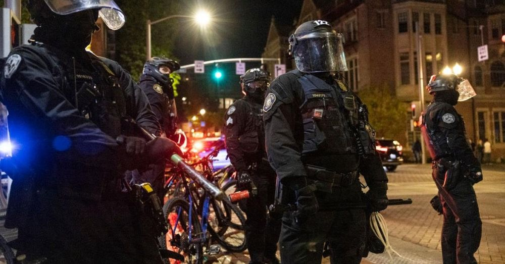 Protestors punches Portland police officer to ground, in demonstrations after Chauvin verdict