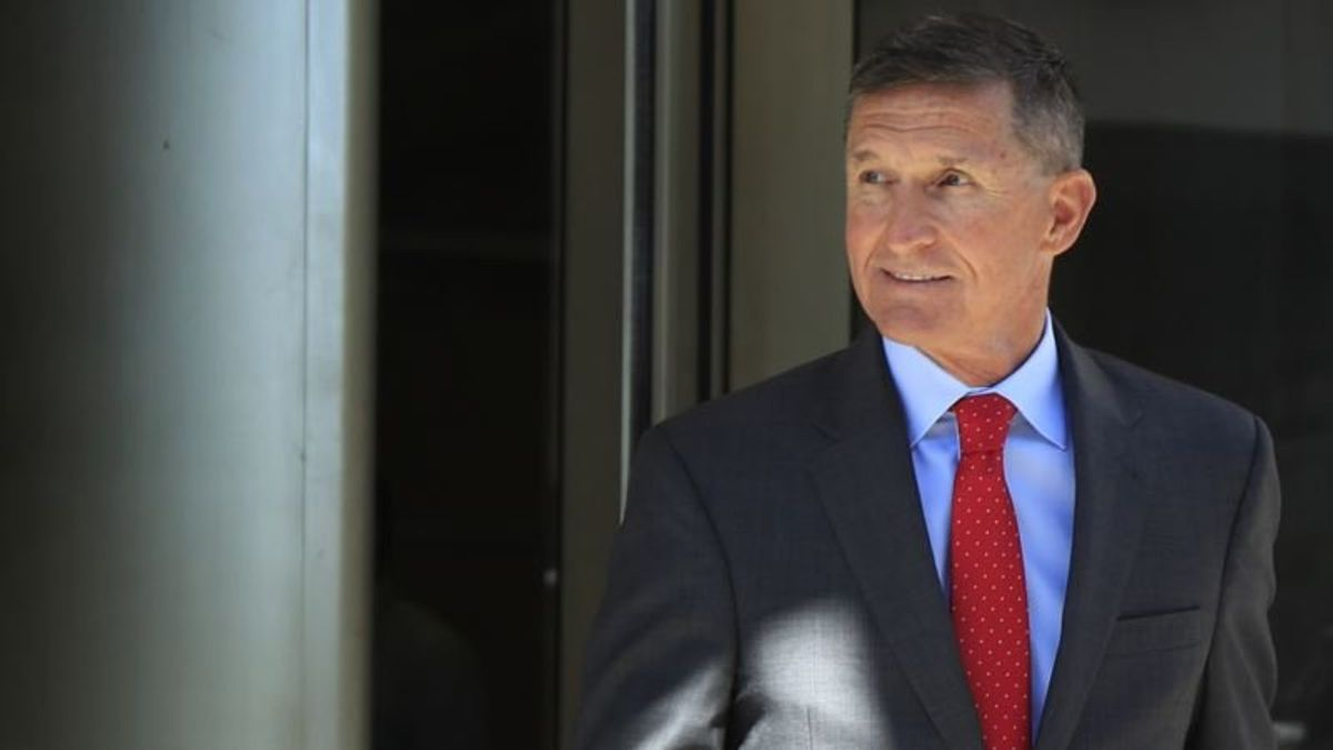 Flynn Argues Against Prison Time in Russia Probe
