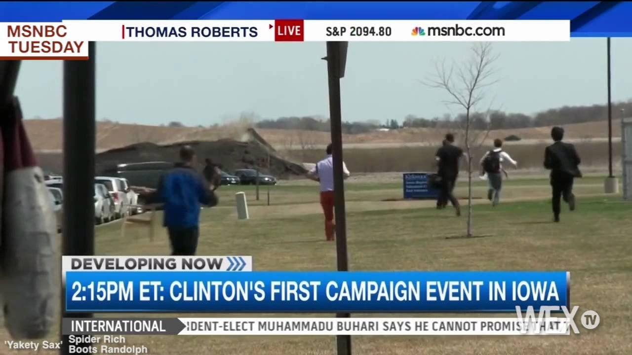 ICYMI: Reporters chase Clinton in Iowa