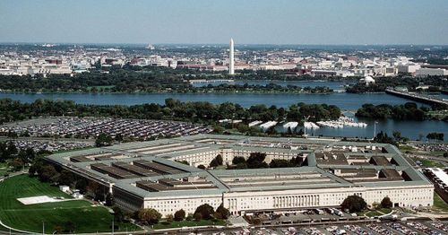 Pentagon on lockdown after nearby shooting