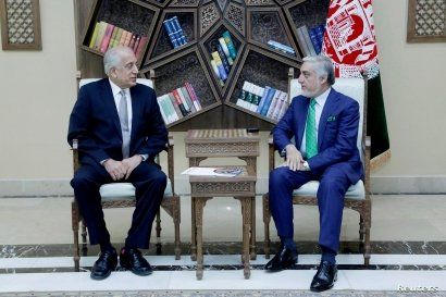 U.S. special representative for Afghanistan, Zalmay Khalilzad (L), meets with Afghanistan Chief Executive Abdullah Abdullah in Kabul, Sept. 2, 2019.
