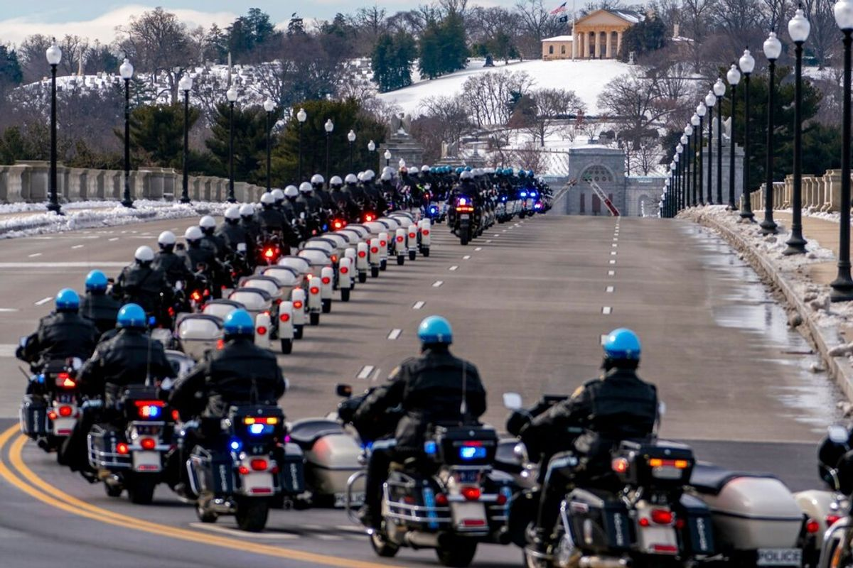 Police Officer Fatally Injured in Capitol Riot Memorialized