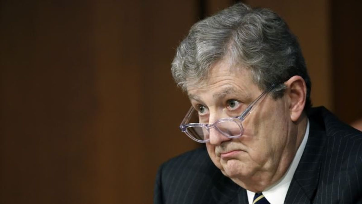 GOP Senator Warns Against Trusting Putin 'Mafia'