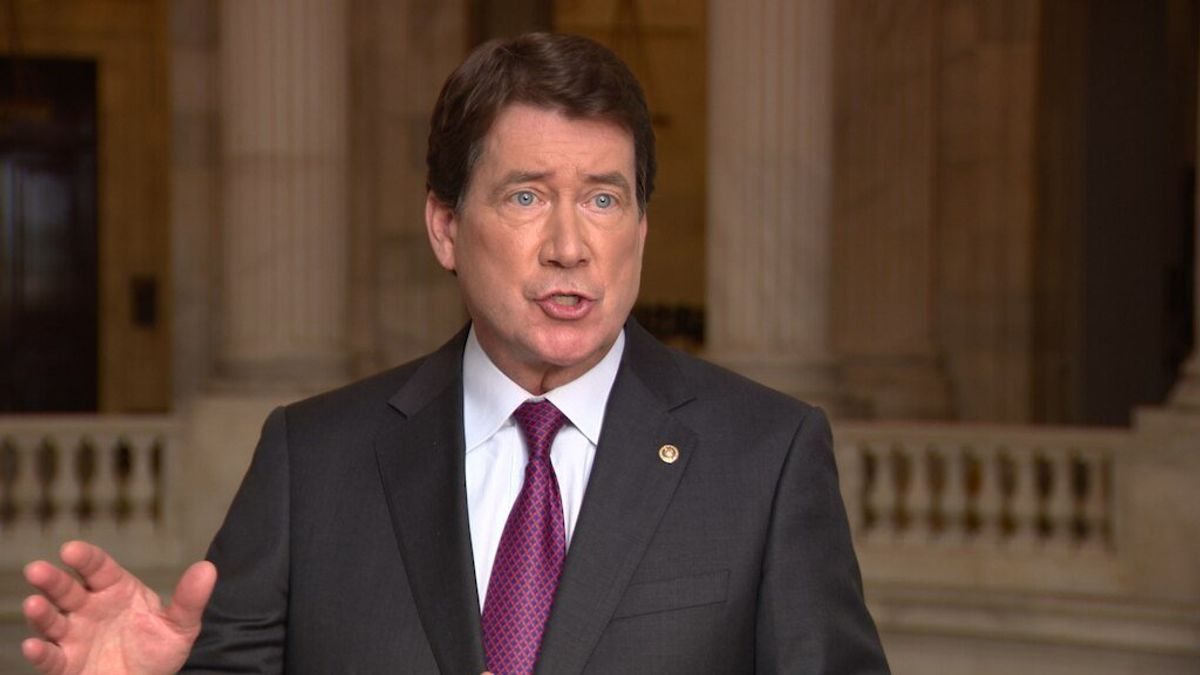 US Senator Who Served as Ambassador to Japan Lauds Closer Ties but Issues Warning