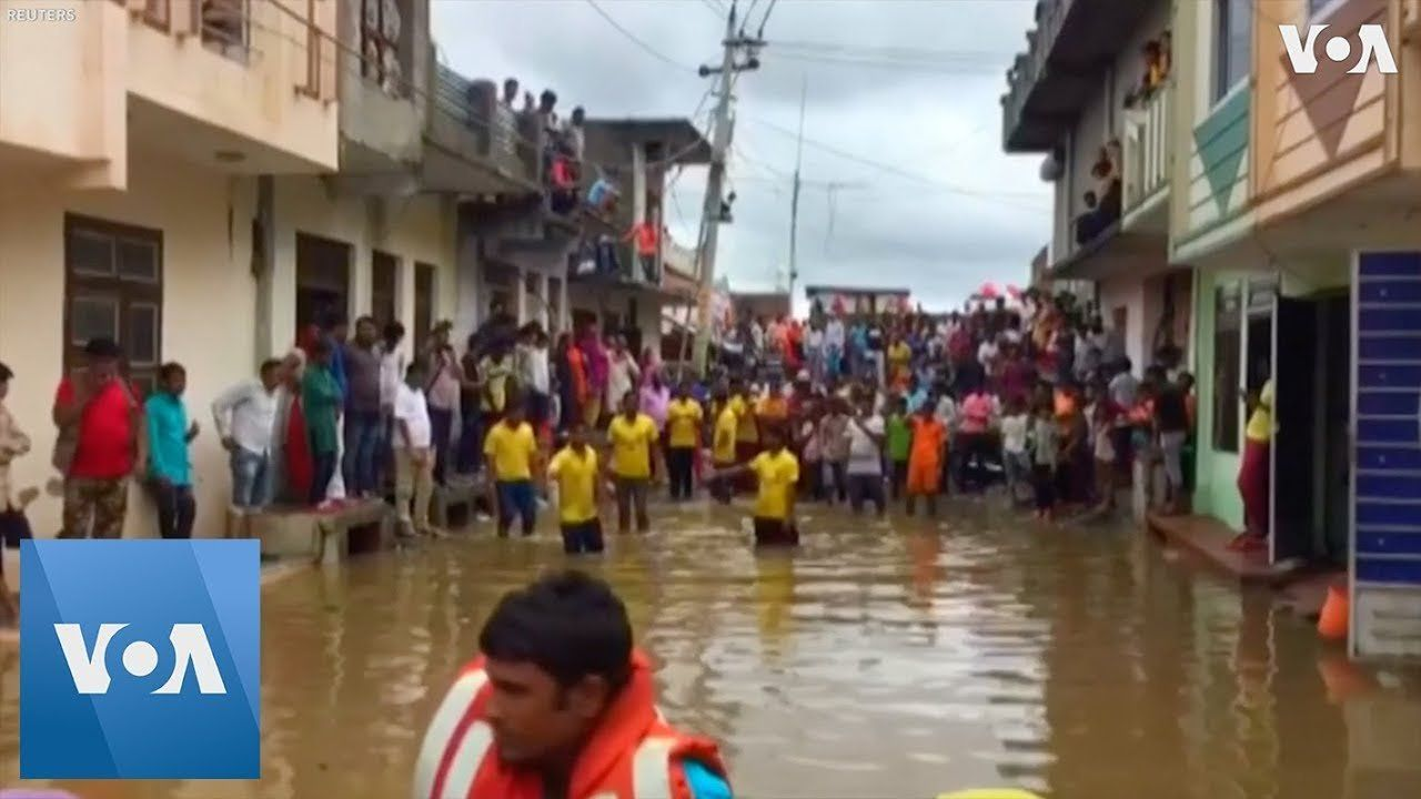 Floods Force Evacuations, Drown Buildings in Northern India