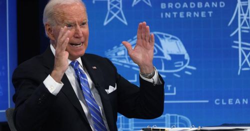Robin Hood in reverse? Democrats plan $12,500 tax credits for pricey electric car purchases