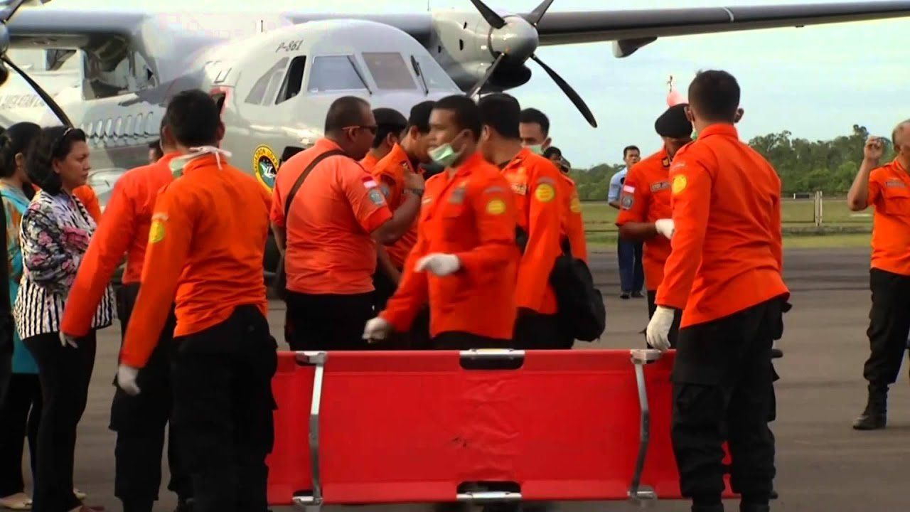 More bodies recovered, ID'd from AirAsia crash