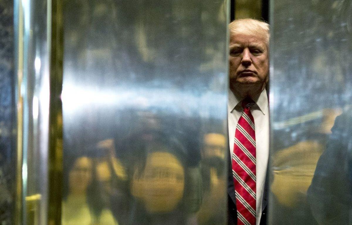 Trump Shuts Down Blog, Nearly Erasing Online Presence