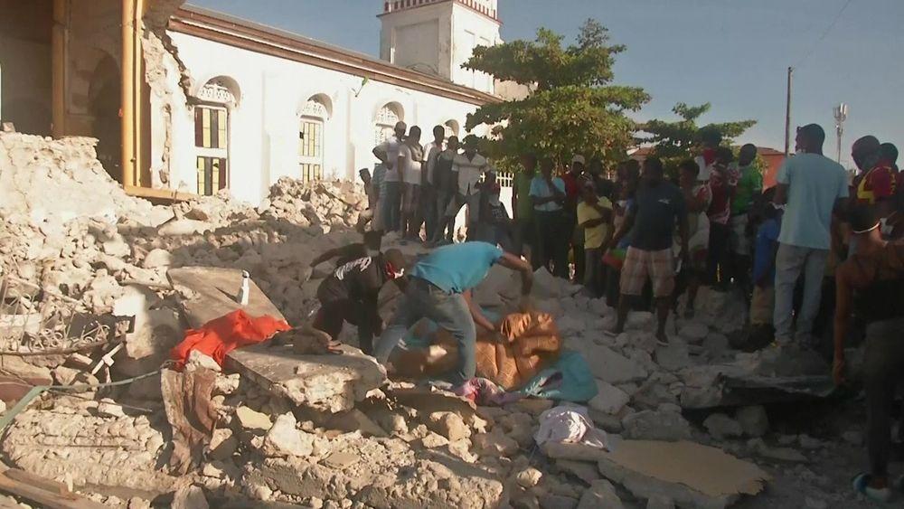Haiti Earthquake leaves Many Dead
