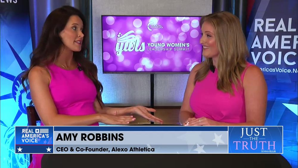 Jenna Ellis is Joined CEO & Co-Founder of Alexo Athletica Amy Robbins